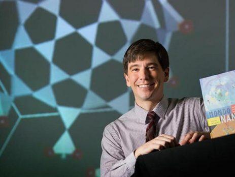 LAURELS: Colin Milburn Wins Dean's Prize